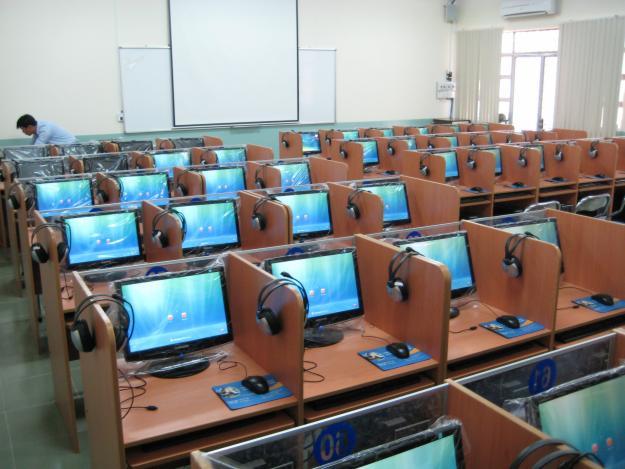 , Nhận Lắp Đặt Thi Công Hệ Thống Máy Tính Để Bàn Cho Trường Học, Văn Phòng, Hoàng gia Computer